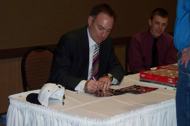 Paul Molitor signs autographs for fans after speaking at the Burlington Bees winter banquet in January 2012. (Photo by Craig Wieczorkiewicz/The Midwest League Traveler)