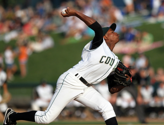 Yordano Ventura delivers a pitch for the Kane County Cougars in August 2011. (Photo by Donnell Collins/Sun-Times Media)