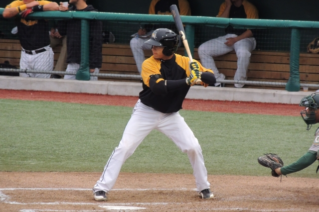 South Bend Silver Hawks SS Andrew Velazquez