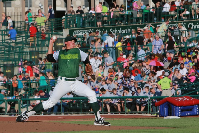 Fort Wayne TinCaps SP Kyle Lloyd delivers a pitch before a record crowd at Parkview Field on Thursday. (Photo by Jeff Nycz of Mid-South Images)