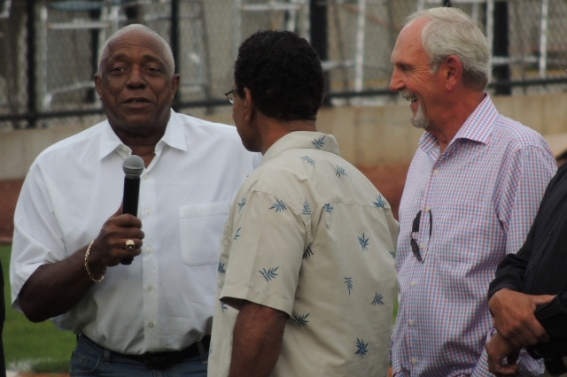 Jim Leyland smiles as Ron LeFlore tells a story about his former skipper.