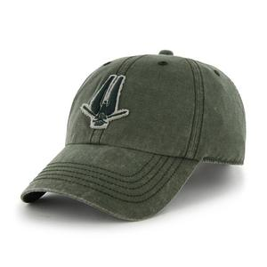 The alternate logo of the South Bend Silver Hawks, on a cap.