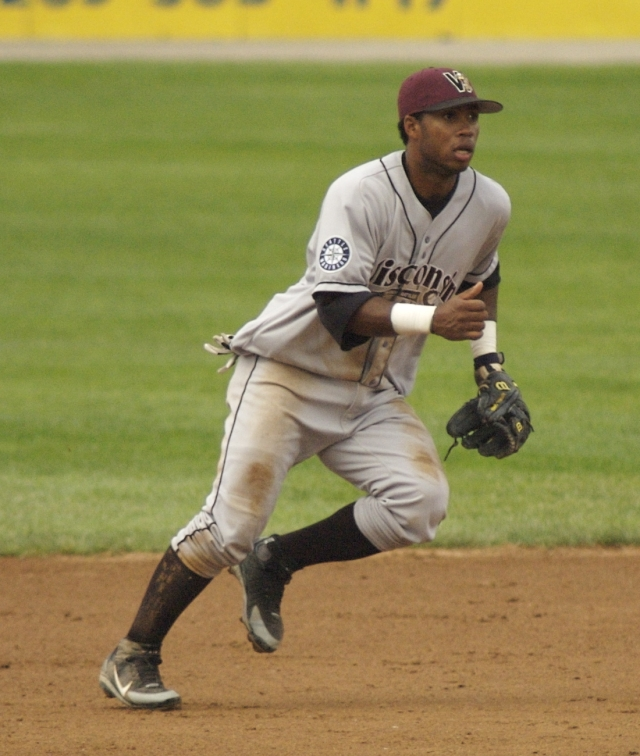 Luis Valbuena played for the Wisconsin Timber Rattlers in 2006. (Photo by Joel Dinda)