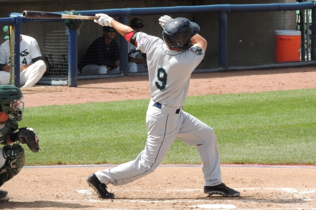 Pat Kelly homers off Junior Mendez in the 4th inning of Monday's game.