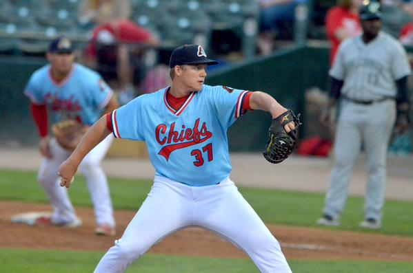 Peoria Chiefs RHP Matt Pearce set a new Midwest League record Sunday for consecutive innings pitched without walking a batter.(Photo by Allison Rhoades/Peoria Chiefs)