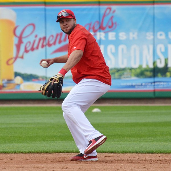 St. Louis Cardinals shortstop Jhonny Peralta fields a ball during batting practice prior to his rehab start at Dozer Park on Friday. (Photo tweeted by the Peoria Chiefs)