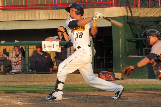 Burlington Bees RF Ranyelmy Alberto went 4-for-4 with a walk and 3 RBI on Friday.