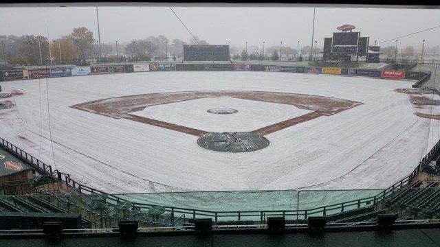 snowy-dow-diamond